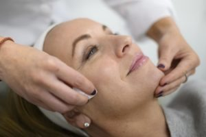 Anti-aging treatments, Derma FNS, Microdermabrasion, PRP